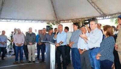 Bataguassu: Reinaldo anuncia instalação de fábrica de hambúrguer e novas obras somam R$ 2,1 milhões