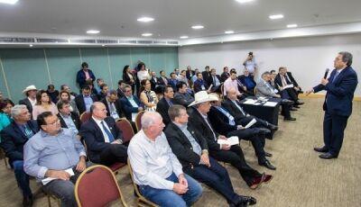 Em Brasília, Prefeitos de Vicentina e Jateí e mais 59 prefeitos anunciam apoio à reeleição de Moka