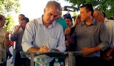 Governador Reinaldo Azambuja assina convênios e autoriza obras em Glória de Dourados