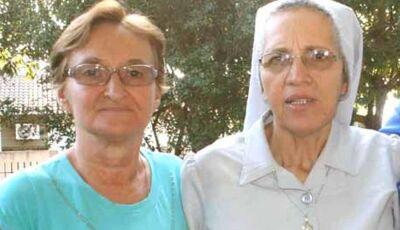 Professora Lourdes Lazarotto recebe visita de freira da Africa em Fátima do Sul