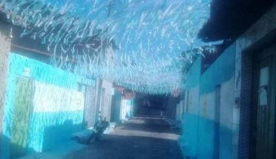 Moradores pintam rua de azul e branco no Piauí e vão torcer para Argentina na Copa