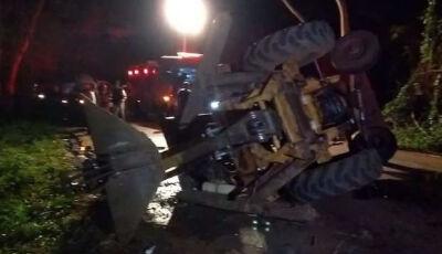 Acidente entre trator e caminhonete mata homem em Dourados