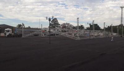 Mega estrutura é montada no centro de eventos para 31° aniversário de Vicentina