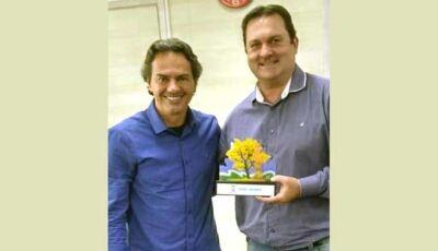 Prefeito de Campo Grande recebe o empresário Darnes Kagiva de Vicentina