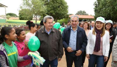 Onevan participa da entrega da reforma de escola reivindicada por ele ao Governo do MS