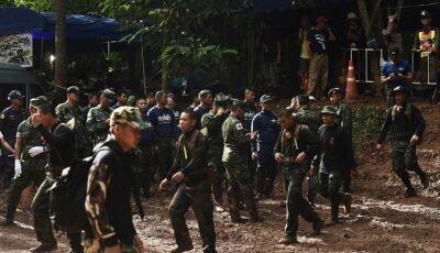 Buscas por 12 crianças que sumiram em caverna da Tailândia entram no 7º dia
