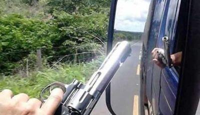 Motorista fica só com a roupa do corpo após ter caminhão levado em Nova Andradina