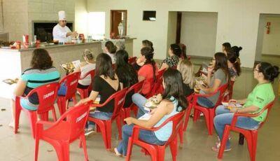 Festa Mania  e Selecta realizaram  com êxito Aula Show com chef Douglas em Fátima do Sul