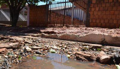 Deodápolis é tomada por buracos e moradores registram tudo, VEJA FOTOS