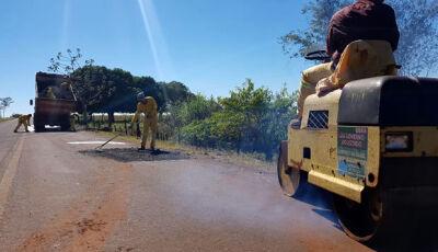 Governo Do Estado através da Agesul realiza manutenção na MS-147 no Distrito de Culturama