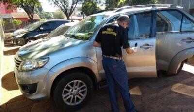 Ladrões tentam roubar camionete e desistem ao ver que era de prefeita em MS