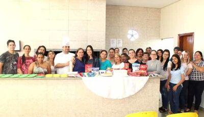 Culinaristas surpreendem Mestre Douglas no Curso de Culinária em Fátima do Sul