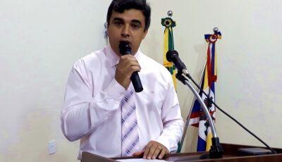 Miltinho quer limpeza na Rua Joaquim Fernandes da Silva em Glória de Dourados