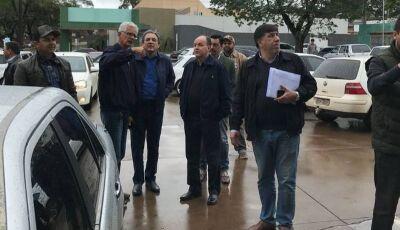 Em domingo chuvoso, Júnior Mochi reúne eleitores em Naviraí e Juti