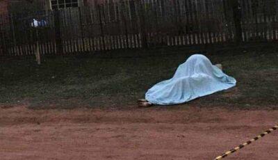 Homem se suicida após perseguir e matar esposa a facadas