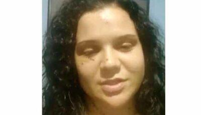 Após deixar hospital, mulher esfaqueada pelo ex diz: 'Não deixe passar em vão'