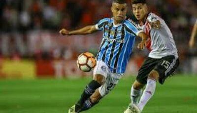 Grêmio perde de virada e argentinos estão na final