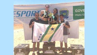 Vicentina é campeã de Volei de Praia Feminino no Jojums em Ribas do Rio Pardo