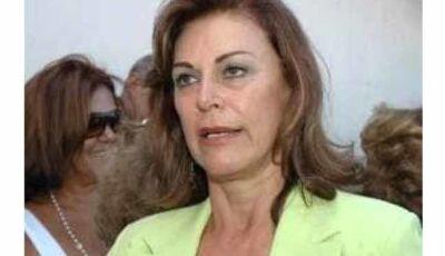 Beth Puccinelli ameaça deleção caso André não seja solto