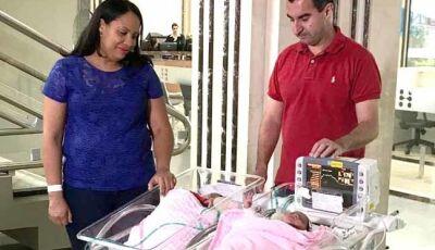 Gêmeas nascem com dois dias de diferença em Curitiba