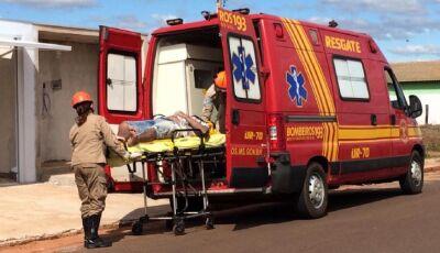 Bombeiros socorre garoto de 16 anos que caiu de uma altura de 5 metros