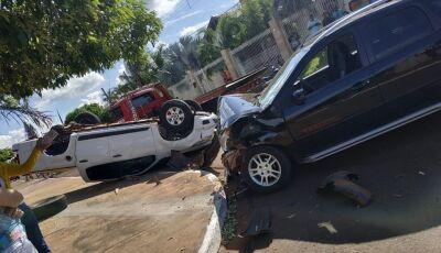 Após susto, vítimas de acidente 'cinematográfico' passam bem, acidente aconteceu em Vicentina