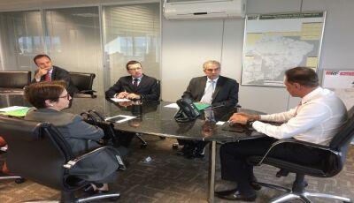 Em Brasília, proposta de Reinaldo Azambuja pode viabilizar retomada de investimentos na BR-163