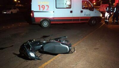 Adolescentes de 14, 15 e 17 anos roubam moto e um morre ao bater em árvore em Dourados