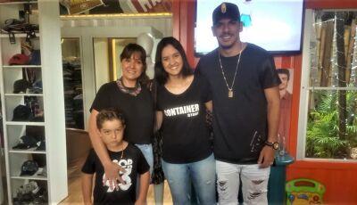 Goleiro do Santos faz surpresa emocionante para fã na Container Store em Fátima do Sul