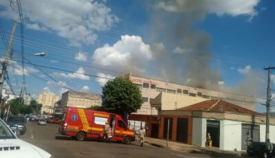 AGORA: Fogo toma conta de hotel no Centro de Campo Grande