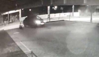 Passageiro atropelado por motorista de aplicativo após vomitar em carro está em coma