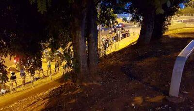 Moradores denunciam e polícia acaba com 'rolezinho' de adolescentes na Orla Morena