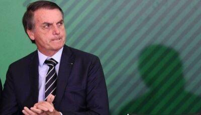 Bolsonaro assina nesta terça-feira decreto que facilita posse de armas