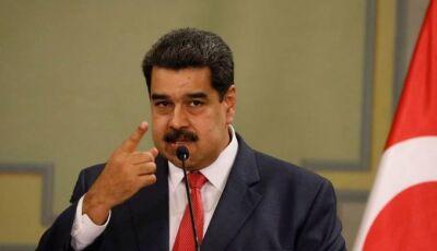 """Maduro diz que armará milicianos """"até os dentes"""" contra EUA e Brasil"""