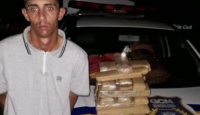 """Morador em DEODÁPOLIS é preso em flagrante acusado de """"Tráfico de Drogas"""" na Capital"""