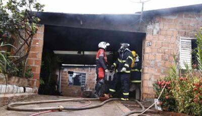 Após ser ameaçada por marido, mulher pede ajuda a mãe e casa acaba incendiada na Nhanhá