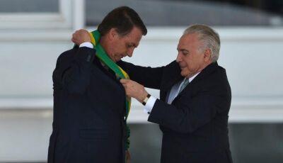 Bolsonaro pede apoio para reconstruir o país