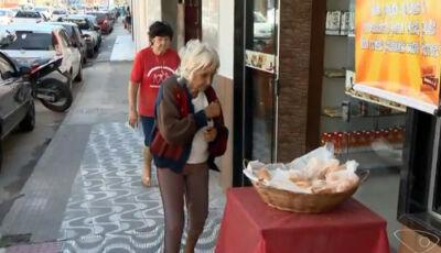Padaria no ES oferece pão de graça para quem não tem como pagar