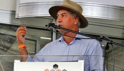 Em Maracaju, Reinaldo Azambuja participa do Showtec e entrega estação de tratamento de esgoto