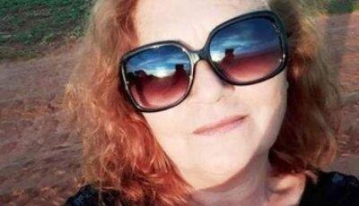 Dona de casa morre após animal atingir veículo