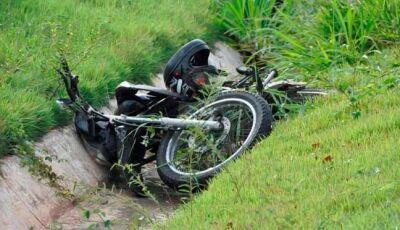Nesta 2ª feira Mulher é socorrida pelo Corpo de Bombeiros após sofrer queda de moto na MS-134
