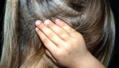 Criança de 4 anos é estuprada no próprio aniversário