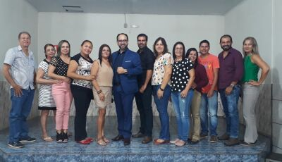 Educação realiza palestra motivacional aos profissionais das redes municipal e estadual em Vicentina