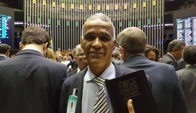 Primeiro projeto apresentado na Câmara trata da Bíblia