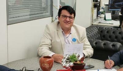 Em Brasília, Marquinhos do Dedé viabiliza mais de R$ 5 milhões para VICENTINA