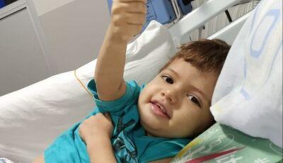 Menino de dois anos precisa de R$ 300 mil para transplante de medula óssea