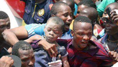 Crianças morrem em desabamento de edifício onde funciona escola