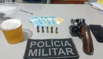 DEODÁPOLIS: PM prende homem por porte ilegal de arma de fogo, embriaguez ao volante e sem CNH