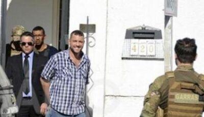Delegado é preso por matar boliviano dentro de ambulância