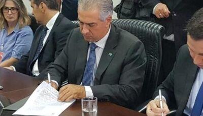 Decreto de Reinaldo oficializa jornada de 8 horas para 16 mil servidores